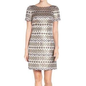 Vince Camuto Gold Metallic Short Sleeve Dress
